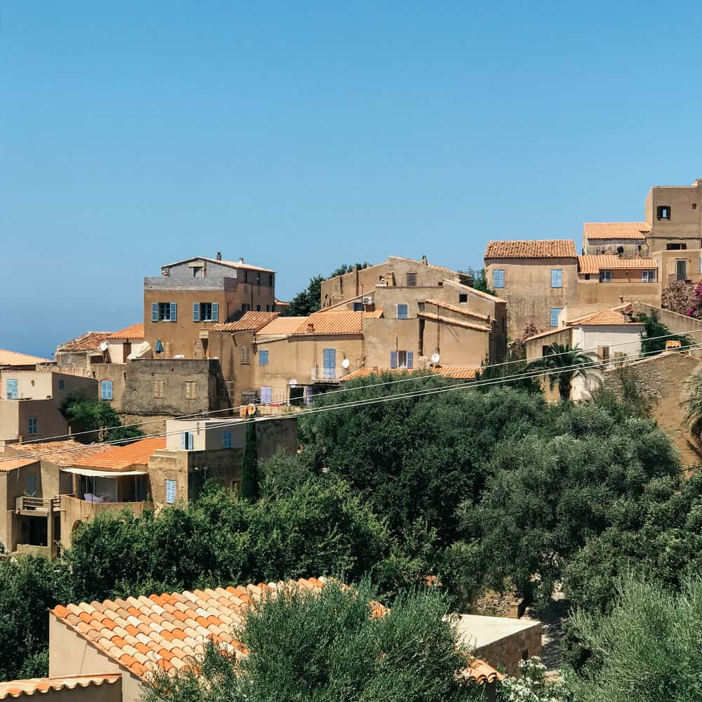 Lizzie's Guide to Corsica 16